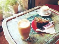 Cosmo Cafe & Galería de Arte. · Enrique Granados 3 · BCN